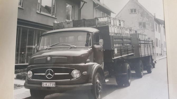 Milchlastzug für die Firma Südmilch in den 60-er Jahren