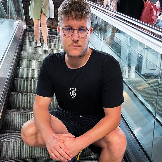 "The ""timeless"" shirt, BLACK DOMINANCE"