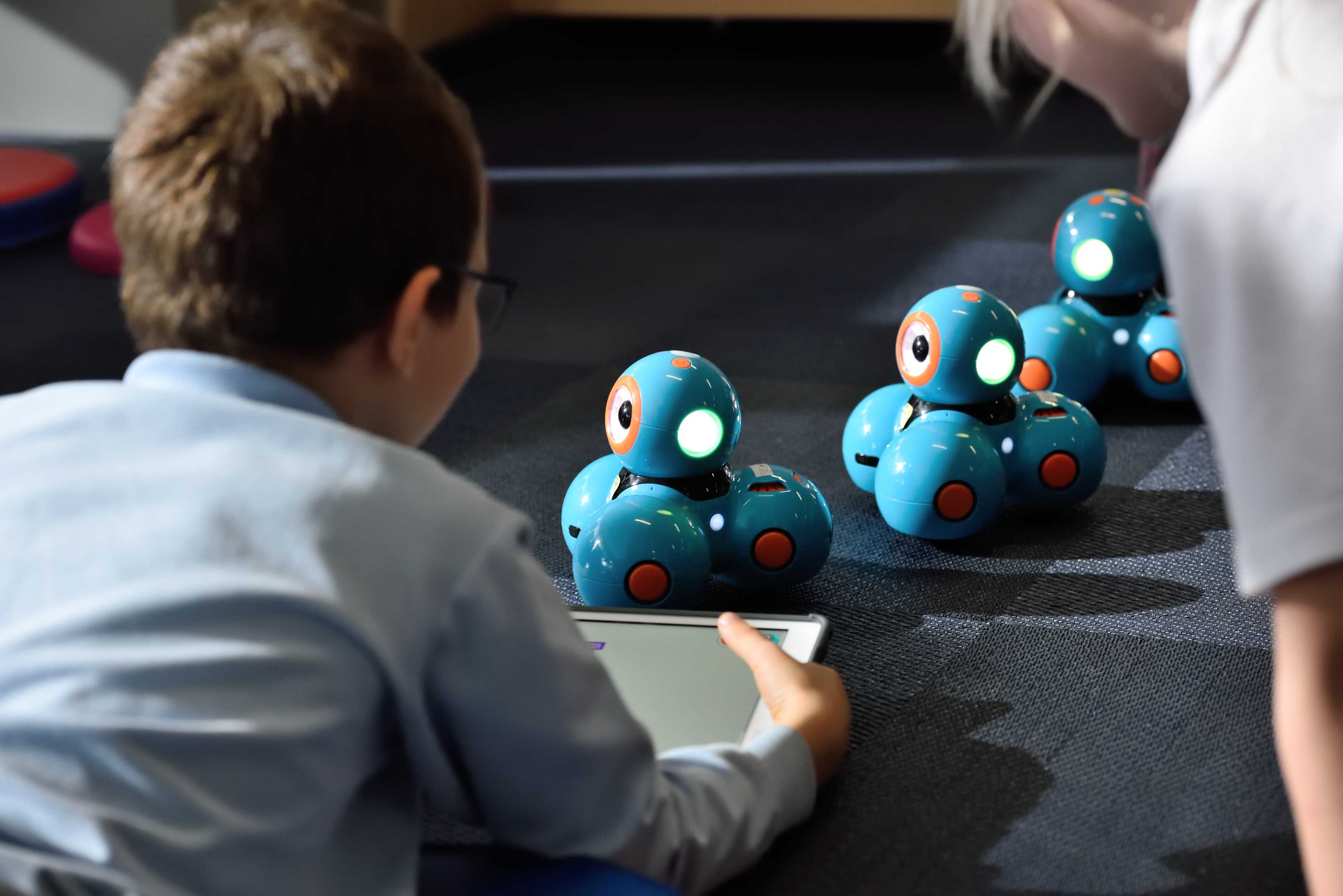 EASY ROBOTICS PROJECTS FOR KIDS