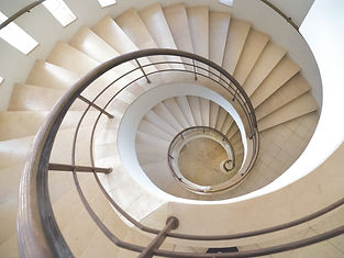 StaircaseDown_667.jpg