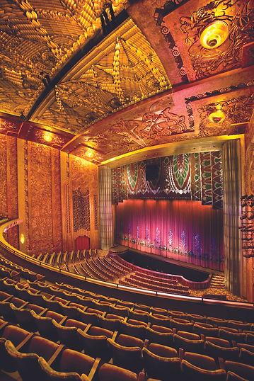 Paramount Theater auditorium by (c) Tom