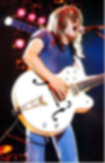 malcolm_young_07.jpg