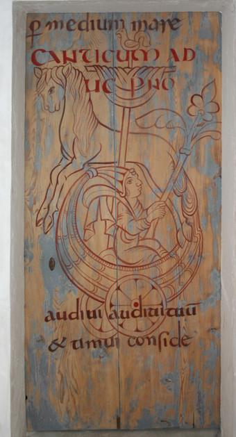 Porte en calligraphie médiévale