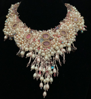 Art Deco Necklace In Gold