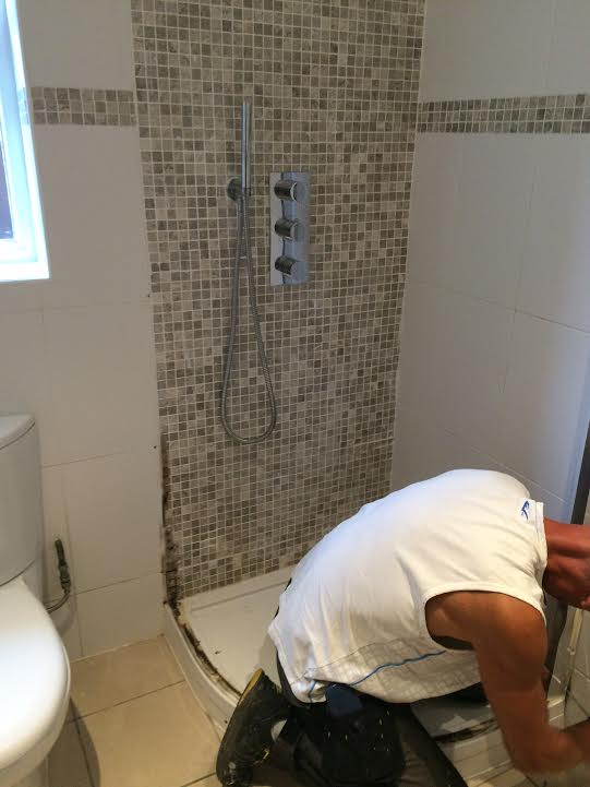 Fitting a new shower screen