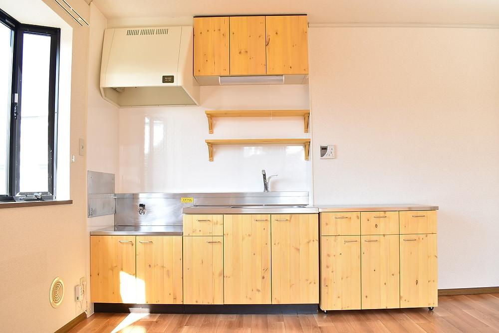 リビングを最大限活用できるのは、グレイスロイヤルのキッチンだけ