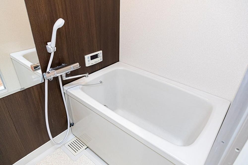 浴室も完全リノベーションします