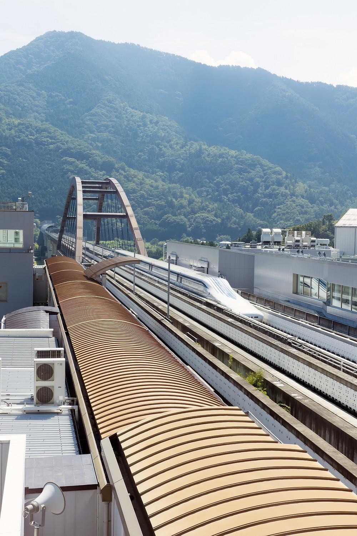 リニア新幹線・山梨県駅は、グレイスロイヤルから車で5分圏内