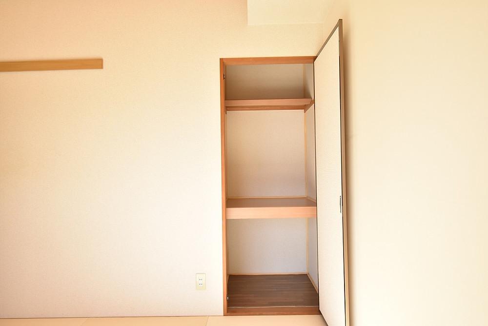 和室内にある小さめの収納