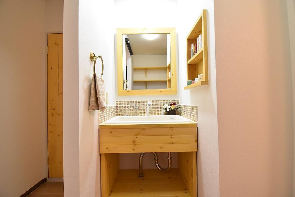 女性には大人気の洗面台。