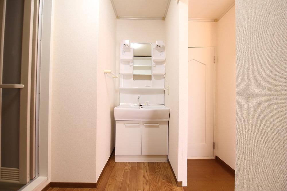 賃貸の洗面台は生活感が出ていて、おしゃれではない