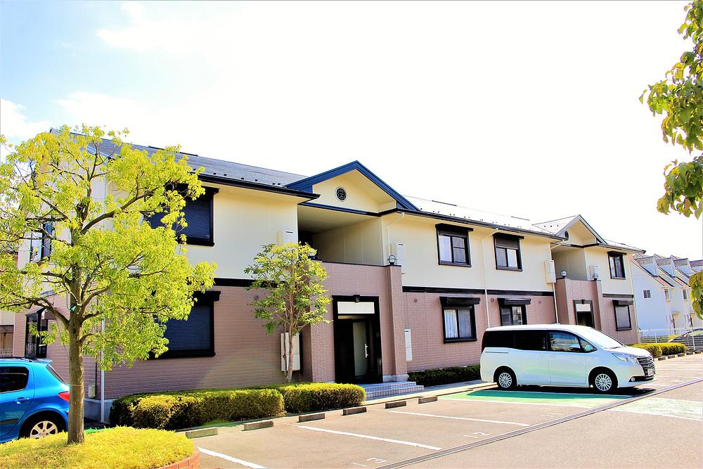 甲府市大里町にある賃貸アパート・グレイスロイヤルの入居満足度は97%