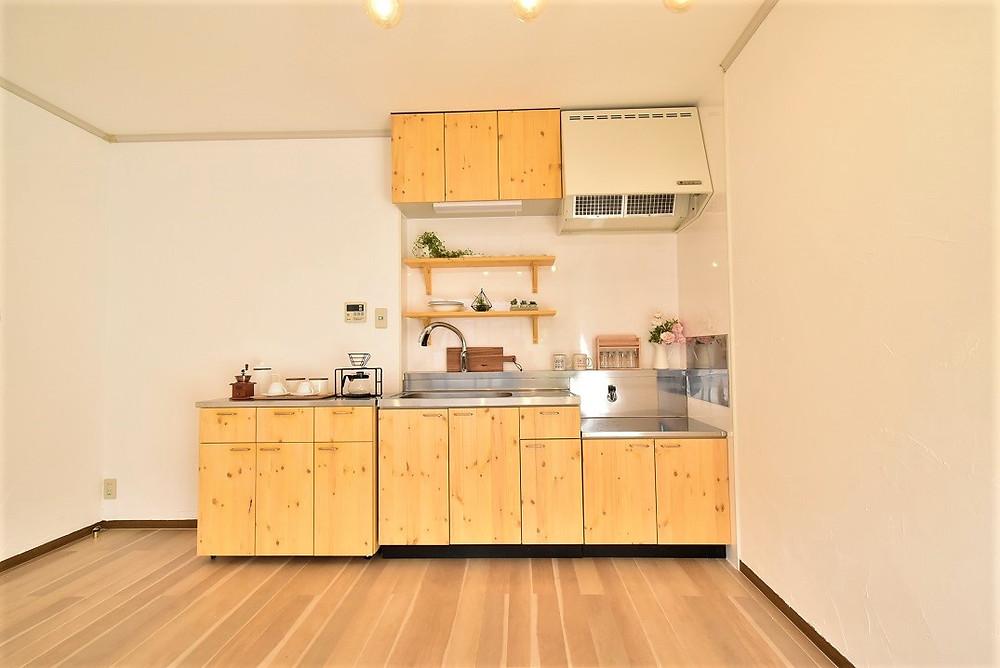 本格的なナチュラル系のキッチンは、おそらくグレイスロイヤル以外はないはず