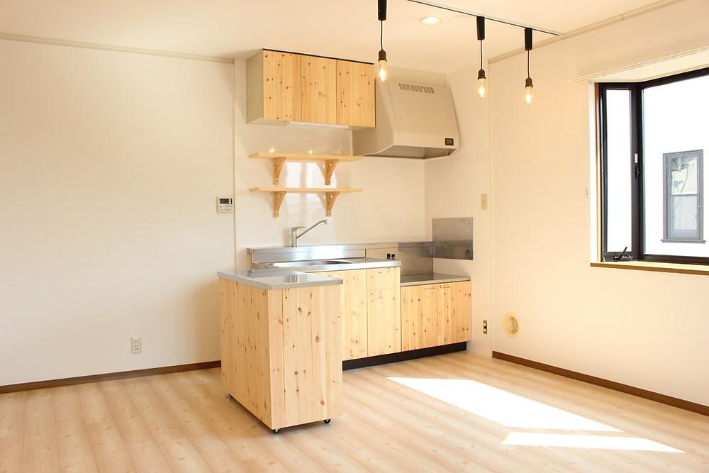 おしゃれなカフェのようなキッチンが標準装備