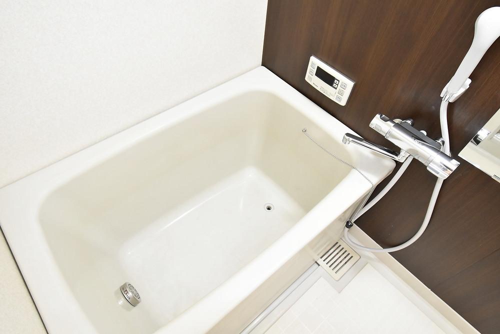 浴室フルリノベーションしたことに生まれたおしゃれな浴室。バスタイムが楽しくなります。
