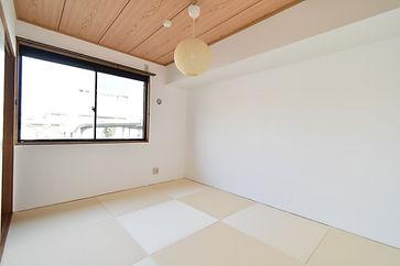 オシャレでモダンな琉球畳は、和室離れが深刻になっている今日でも、受け入れられています