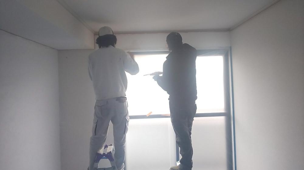 職人さんが言うには、漆喰を施工するアパートは見たことがないとの事