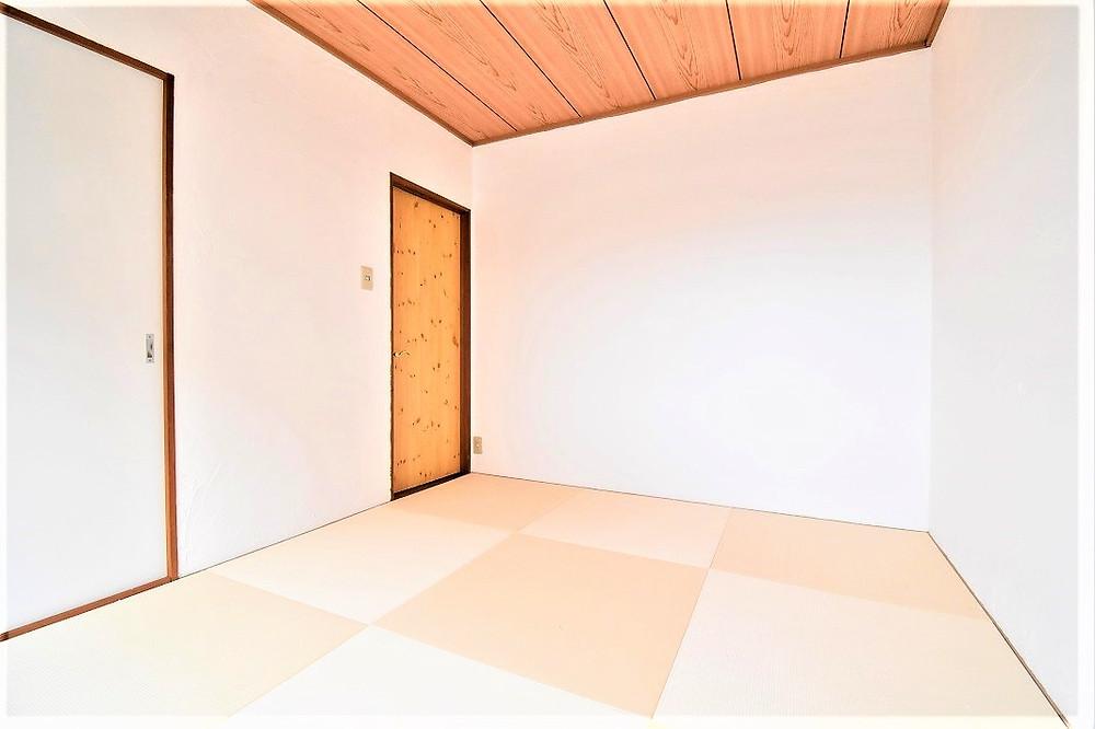 おしゃれな和室部屋にすることにより、若い方でも受け入れられる部屋にしてあります