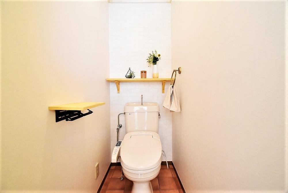 オシャレでカフェのお店にあるようなトイレ