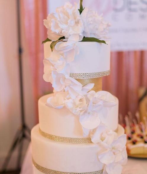 White Bling Cake.png