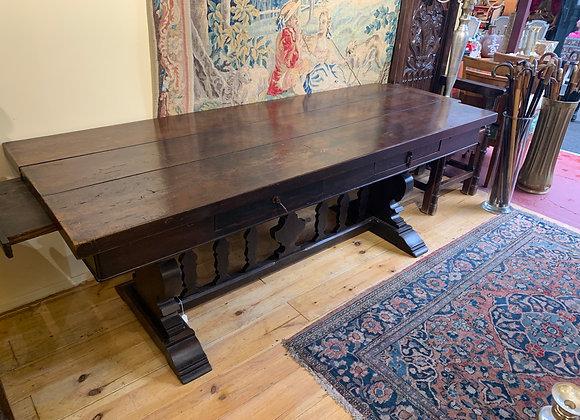 Table bureau en chaîne , 19ème siècle .