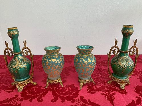 Paire de petits vases en cristal de bohème