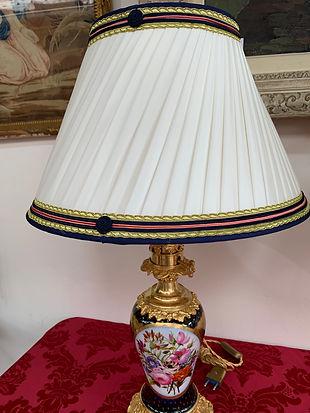 Lampes antiquaire Puces Saint-Ouen