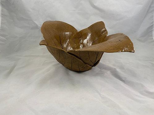 Four leaf bowl