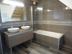 salle de bain indépendante 1er étage