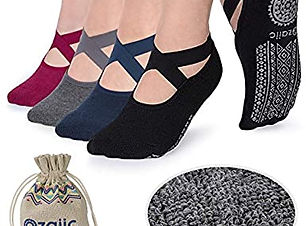 ozaiic-non-slip-yoga-socks.jpg