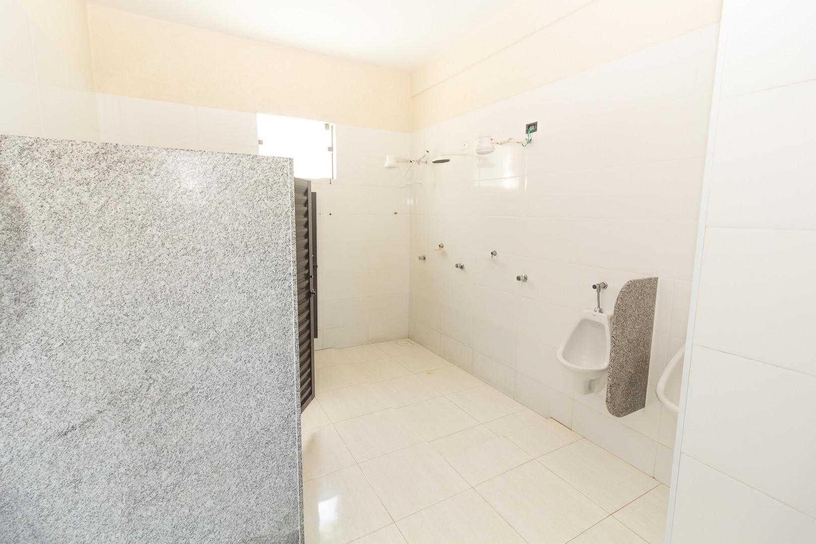 Banheiros coletivos   Externos - Vista 1