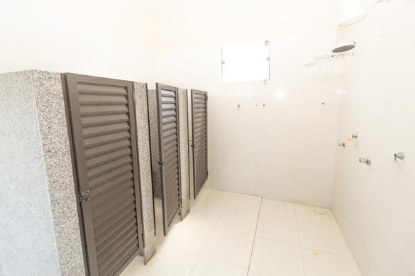 Banheiros coletivos   Externos - Vista 2