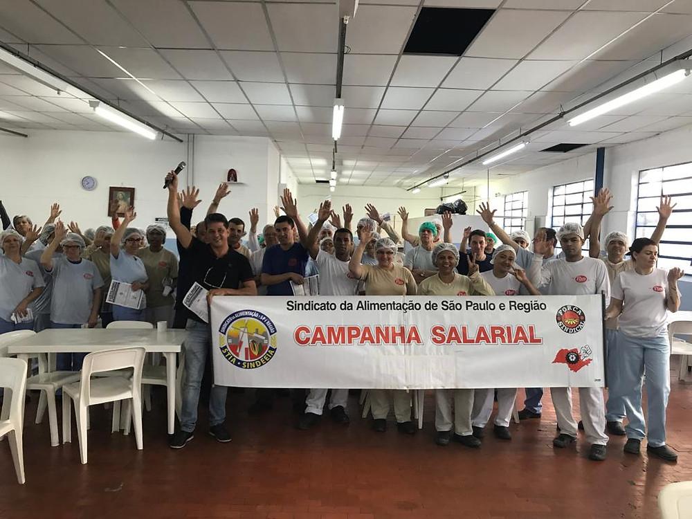 Trabalhadores da empresa Chocolates Pan aprovam fechamento do Acordo Coletivo!