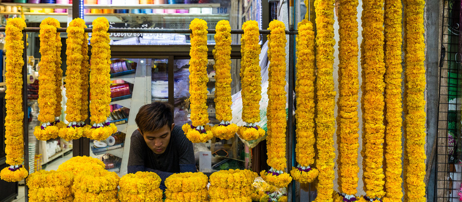 Floral Frenzy: Flowers Galore at Pak Khlong Talat Flower Market in Bangkok