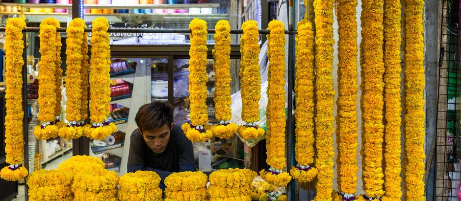 Floral Frenzy: Flowers Galore at Pak Khlong Talat Flower Market in Bangkok