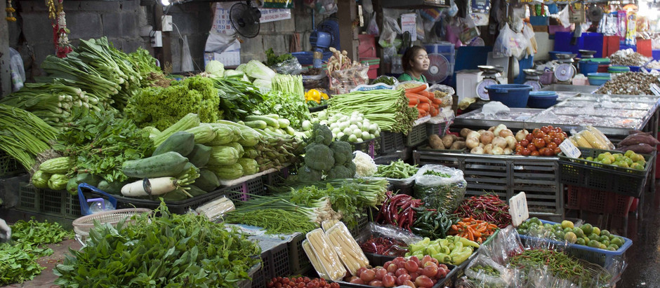 What to know about (and how to navigate) fresh markets in Bangkok