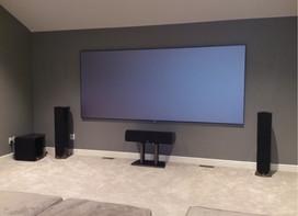 SI BD screen and Paradigm Studio Speaker