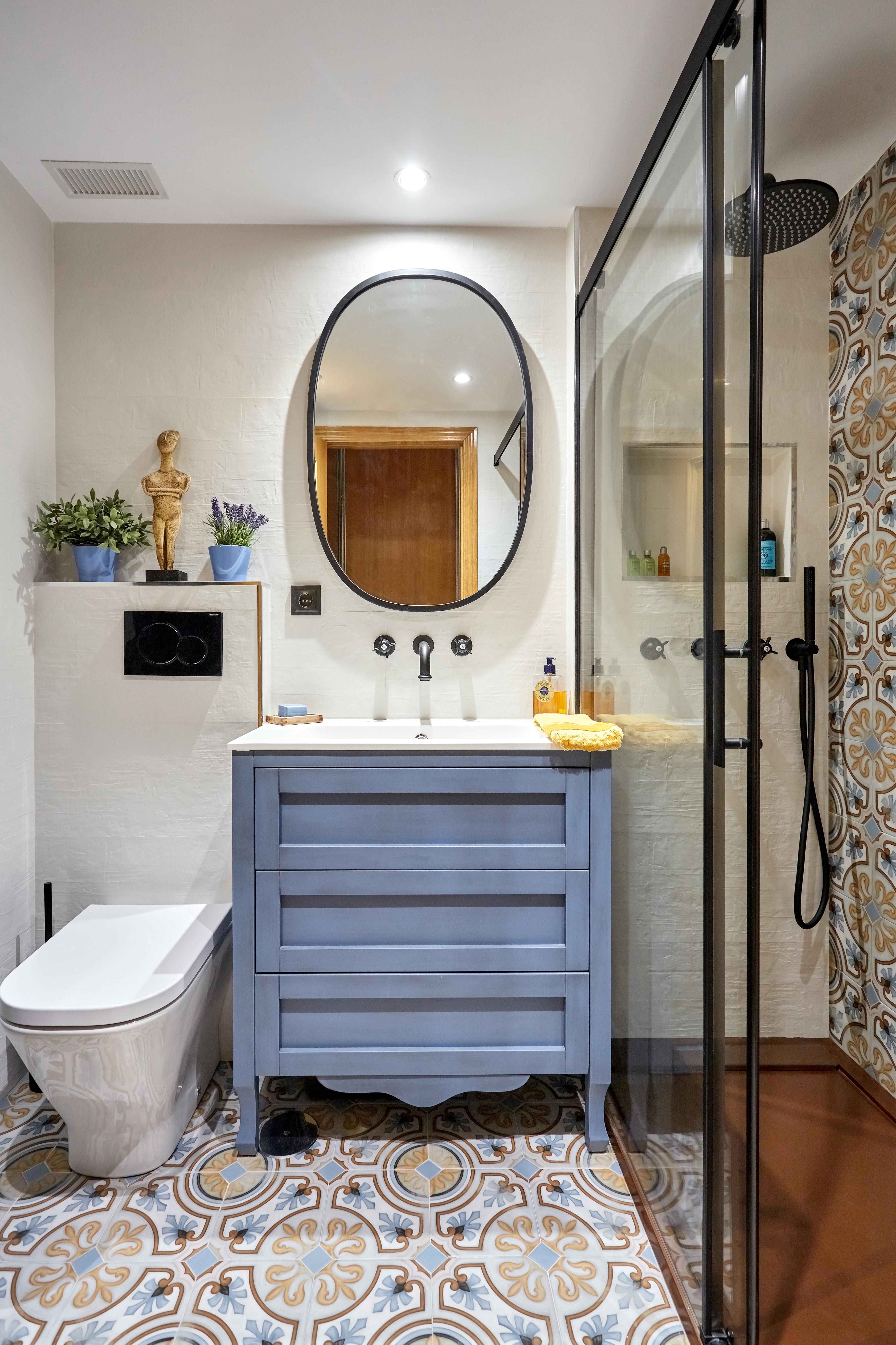 Baño Rústico Zona Lavabo y Ducha