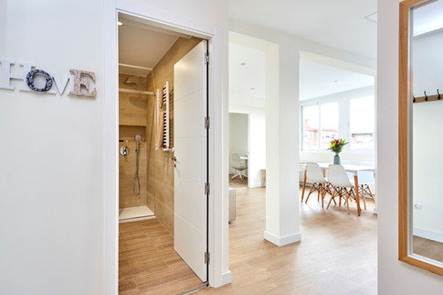 Home Staging: Amplitud y Luminosidad en un Piso de 60 m2  (Madrid)