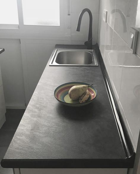 Cocina de 3 m2 Bicolor (Madrid)