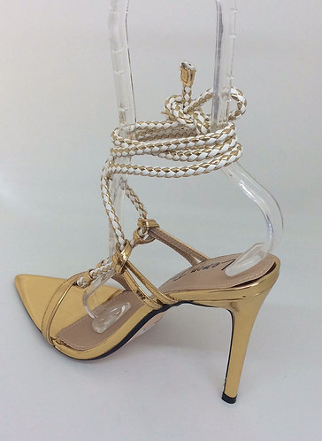 Peveli Gold /Sandal