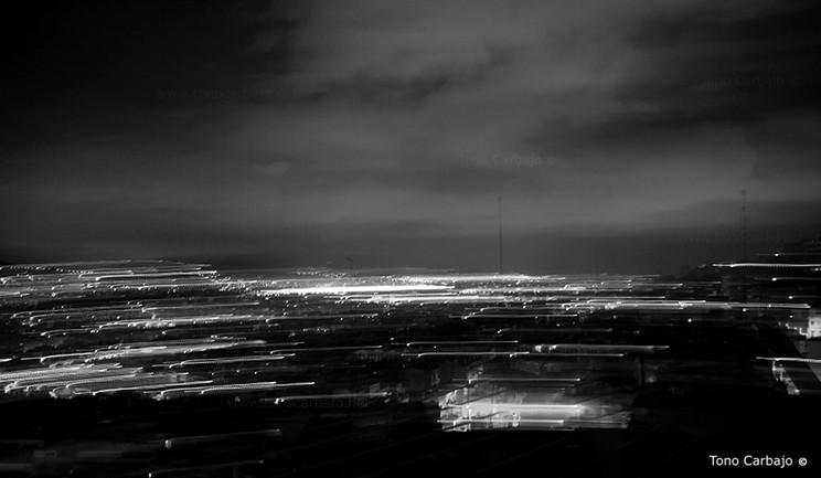 Cuando cae la noche es cuando mejor se ve la energía de una ciudad