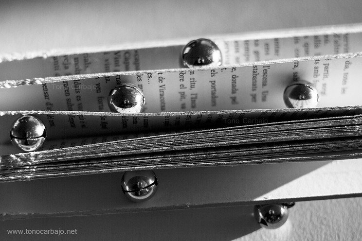 El sonido de las palabras siempre llega más allá que las letras que las componen.