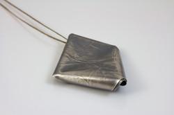 Laura Jer Contemporary Jewellery