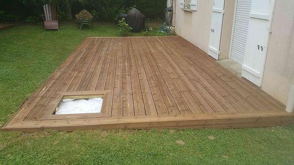 Terrasse bois pin brun Meaux