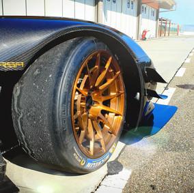ATS CORSA RRTurbo SERIE CARBONIO_RACETRACK_02.jpg