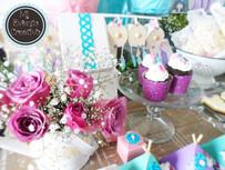 Mesa con el tema atrapasueños floral