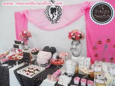 Mesa decorada para cumpleaños