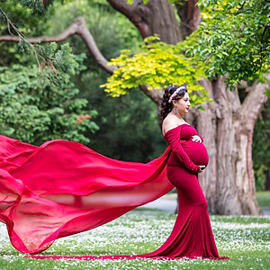 Anuja's Maternity