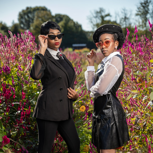 Women in Black Fall Look